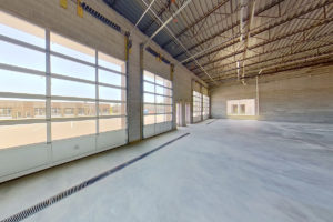 87 Dover Road | Suite D–F | Drive-in Loading