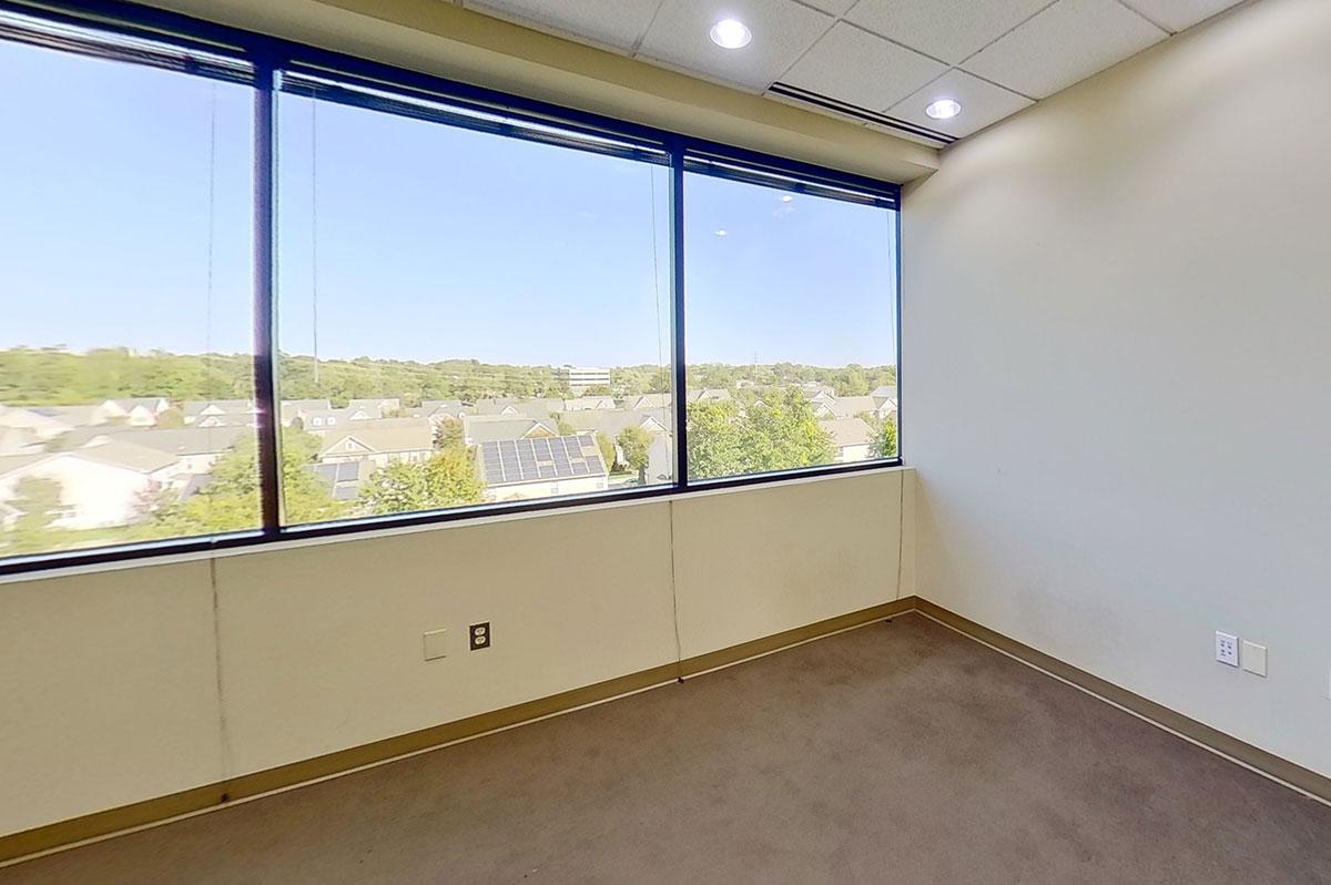 888 Bestgate | Suite 400 | Private Office