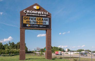 Cromwell Business Park | Flex/R&D, Single-Story Office & Retail