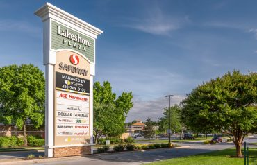 Lakeshore Plaza | Retail