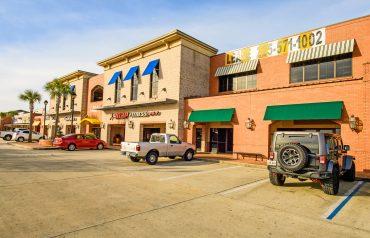 Main Street Pelican Point   6473 Highway 44