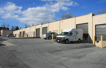 Stafford Business Center | 2900-2916 Stafford Street