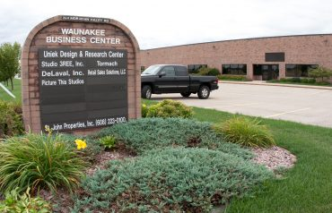 Waunakee Business Center | Flex/R&D & Office | 204 Moravian Valley Road