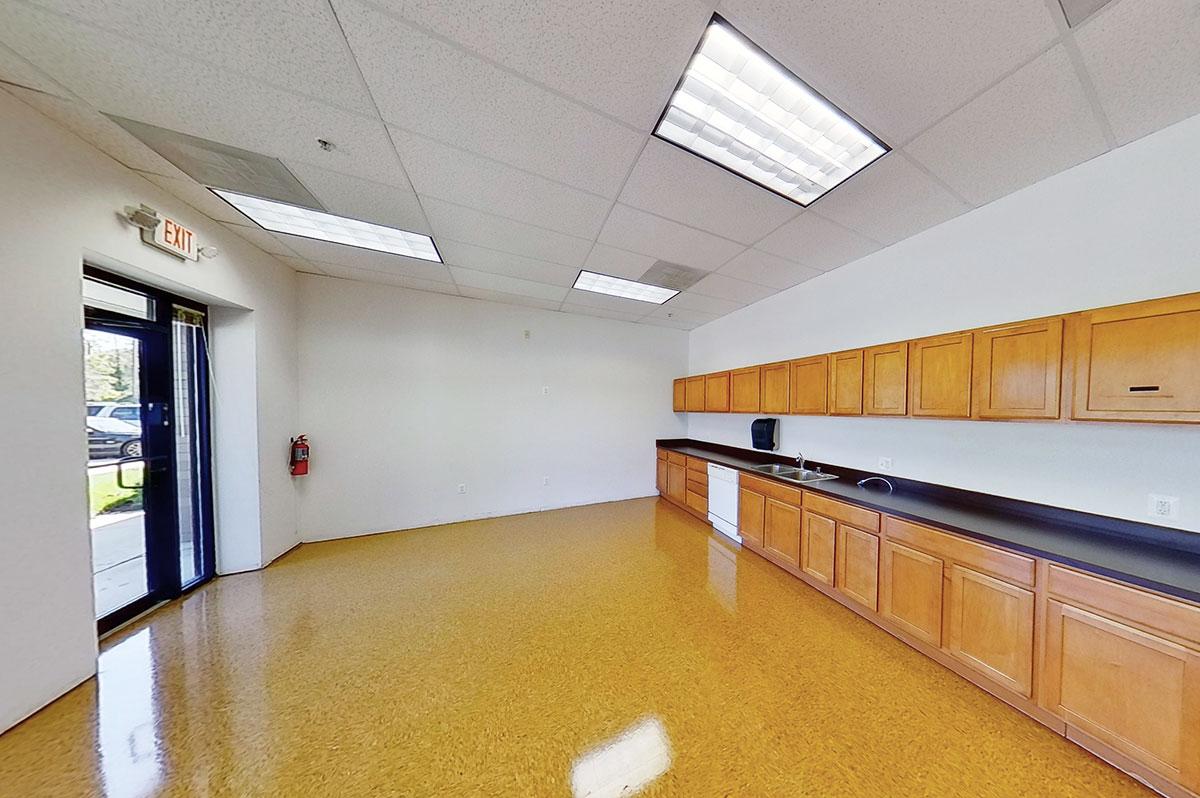 505 Progress Drive | Suites 100–109 | Break Room