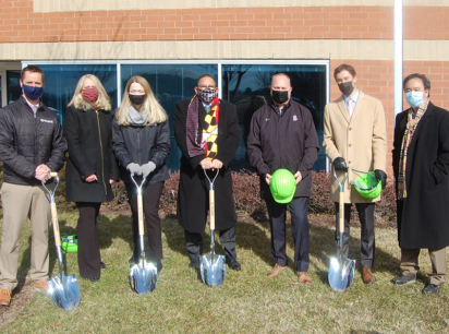 Dustin Lynch, St. John Properties; Gina Stewart, Executive Director, BWI Partnership; Lacy Johansson, St. John Properties; Maryland Delegate Mike Rogers (Anne Arundel County District 32); Celebree School franchisee owner Jason Skidmore; Angelo Munafo, St. John Properties; Maryland Delegate Mark Chang (Anne Arundel County District 32).